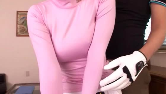 痴女な本田莉子がお尻やおっぱいを触らせ逆レイプww